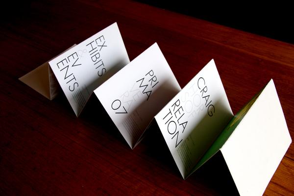 8 Awesome Accordion Fold Brochure Designs