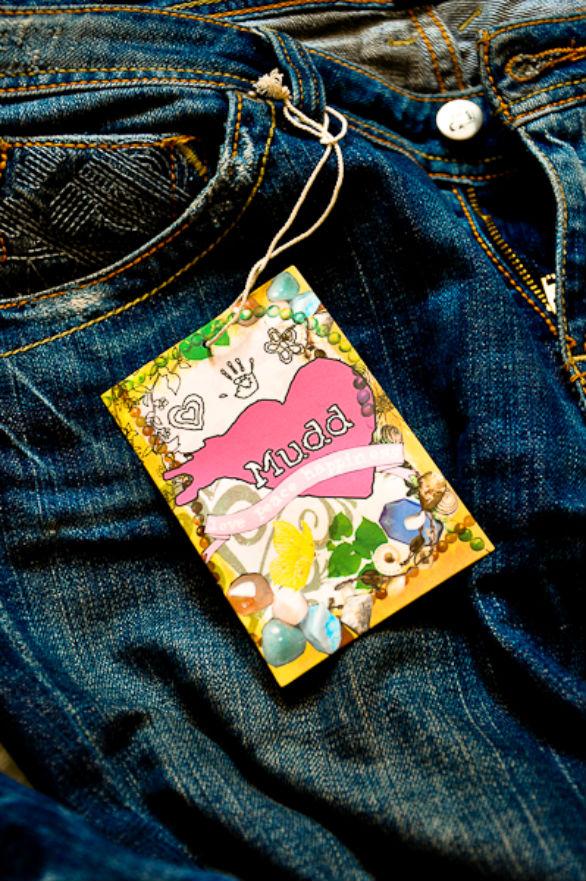 Clothing Hang Tag Design - Mudd