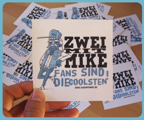 Custom sticker design zwei mit mike