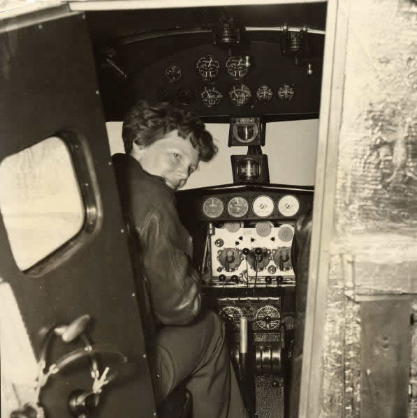 Amelia-Earhart-Photos-04